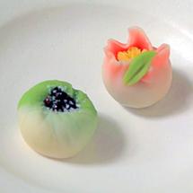和菓子工房「松風」渡辺先生に習う 練りきり2種