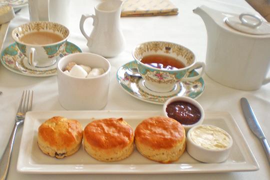 イギリスのお茶文化 クリームティーを楽しむ