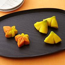 秋の和菓子 紅葉といちょう(こなし)