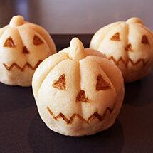 ユイミコに習う、かぼちゃまんじゅうとどら焼き